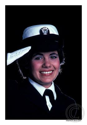 navywoman_03302009
